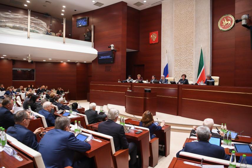 Госсовет Татарстана поддержал непрерывное профразвитие госслужащих