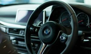 Казахстанских чиновников хотят обязать покупать только отечественные автомобили