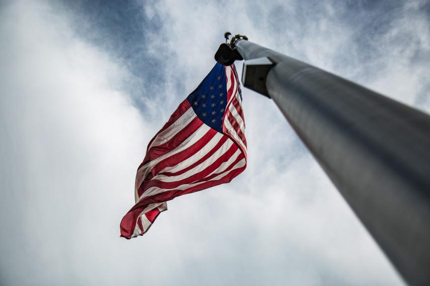 СМИ: В США из-за слишком высоких требований и низкого бюджета не хватает госслужащих