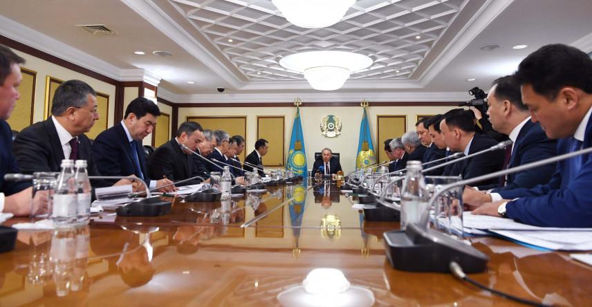 В Казахстане растет число желающих поступить на госслужбу
