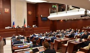 С 1 апреля госслужащим Татарстана будут начислять зарплату по новой системе