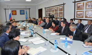В Туве омолаживают руководящий состав министерств