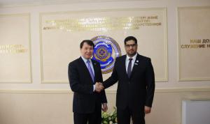 Казахстан и ОАЭ планируют провести обменные стажировки для госслужащих