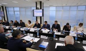 Депутат Госдумы предложил разработать спецпрограмму по обучению муниципалов Приморья