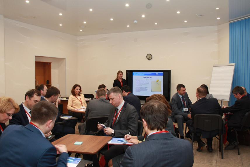 Губернаторская программа в Петербурге: первые полгода