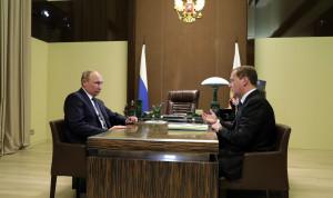 Президент утвердил предложенную Медведевым структуру нового правительства
