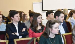 В Новгородской области выпустилось третье поколение Малой академии госуправления