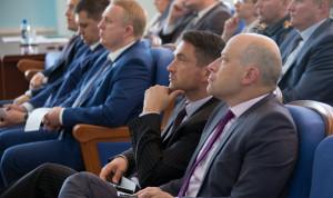 Челябинских министров планируют перевести на эффективные контракты