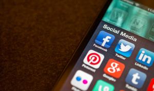 В Казахстане обсудили нормы использования социальных сетей госслужащими