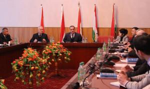 В Таджикистане предложили выделить квоты для инвалидов на госслужбе