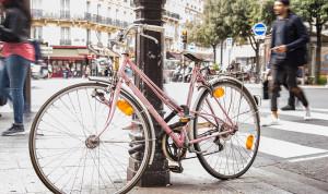 Французским госслужащим будут доплачивать за приезд на работу на велосипеде