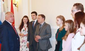 Молодежь Петербурга ждут на стажировку «Открытый Смольный»
