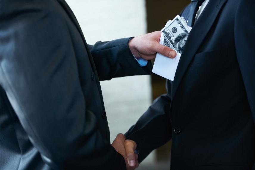 Минюст предложил не наказывать за коррупцию по объективным обстоятельствам