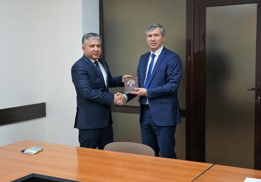 Госслужбы Киргизии и Таджикистана будут сотрудничать