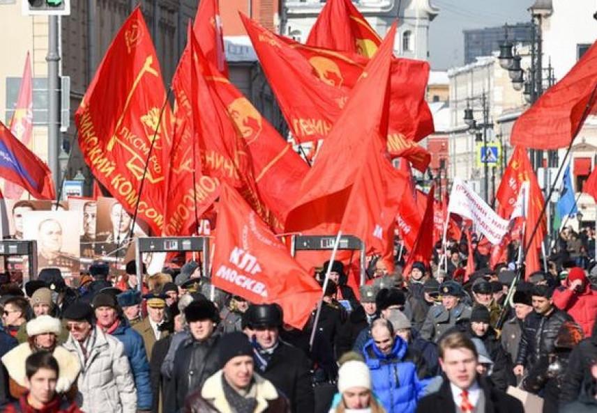 КПРФ предлагает штрафовать госслужащих за оскорбление граждан