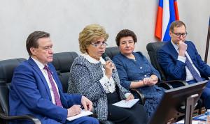 В России планируют начать сокращения госслужащих