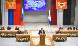 В Мордовии призвали бережно хранить честь госслужащего