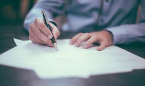 У госслужащих будет полгода на отказ от зарубежных активов