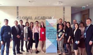 Госслужащие Петербурга изучают управленческий опыт Сеула