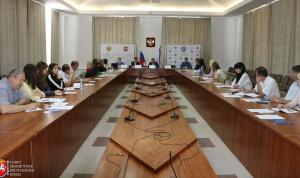 В Крыму стартовал цикл обучающих семинаров для муниципальных служащих республики