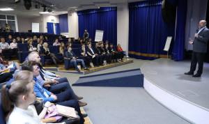 Губернатор Архангельской области прочитал лекцию «Молодым лидерам Поморья»