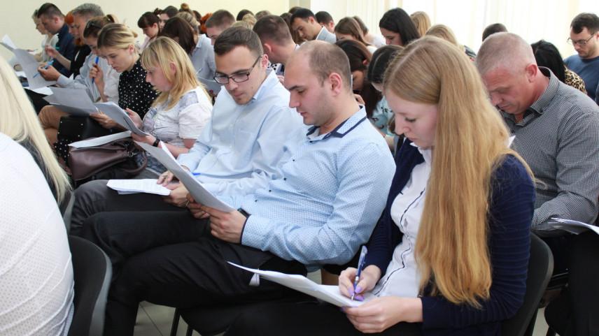 138 госслужащих Госкомрегистра Республики Крым подтвердили свою квалификацию