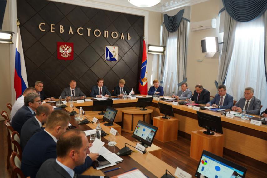 Новый порядок подачи справок о доходах ждет чиновников Севастополя