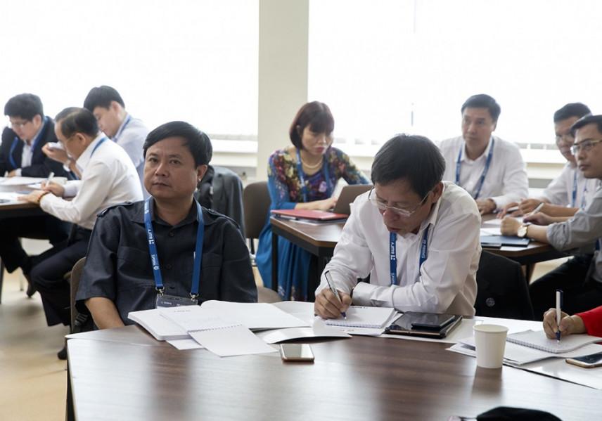 Госслужащие Вьетнама изучают лучшие практики госуправления в России