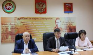 Чиновники Тукаевского района Татарстана сдавали квалификационный экзамен
