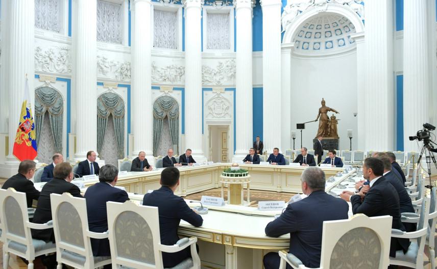 ФОМ: индикатор доверия россиян к губернаторам вырос в два раза
