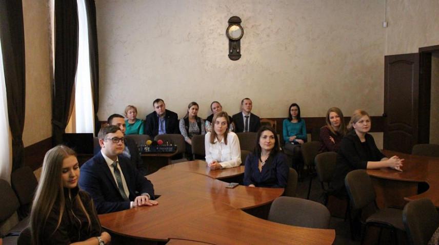 Победителей конкурса «Лучший муниципальный служащий» чествовали в Барнауле