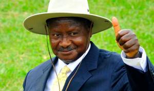 Президент Уганды считает ожирение признаком коррупции