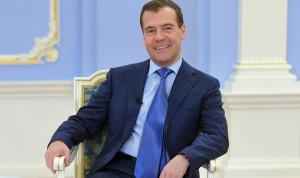 Правительство России подает в отставку