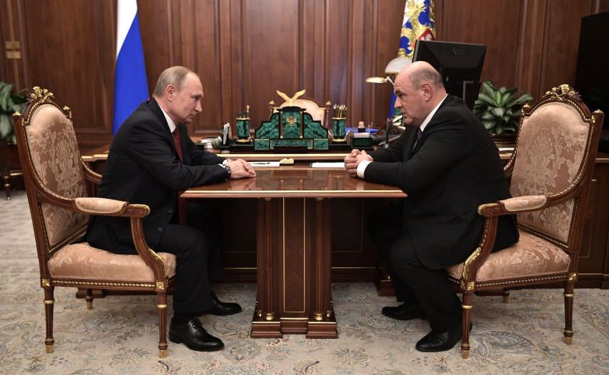 Владимир Путин предложил главе ФНС занять пост премьер-министра