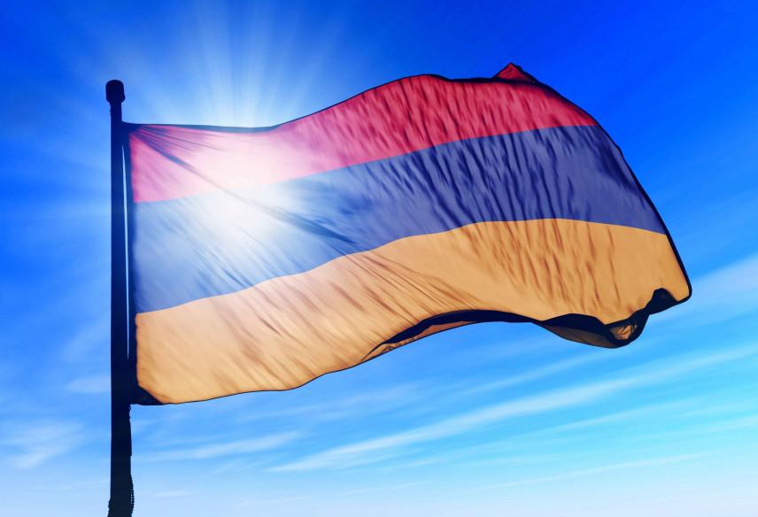 В Армении помолодеют советники госслужащих
