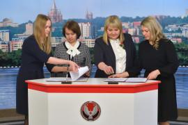 Реализацию своих проектов финалисты конкурса «Команда Удмуртии» закрепили соглашениями