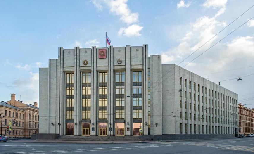 В Ленинградской области привлекут к госслужбе новые кадры