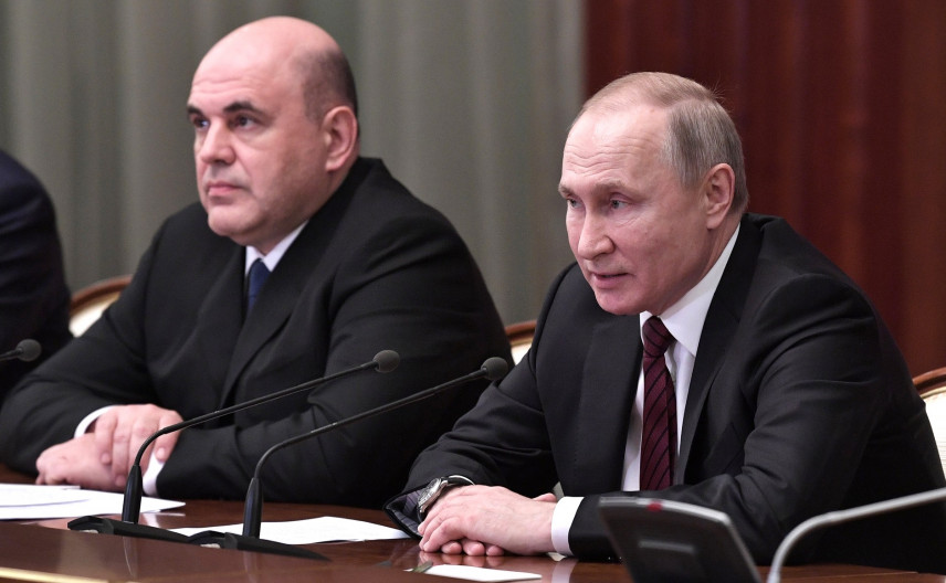 Президент поручил подготовить закон о контроле за грамотностью госслужащих
