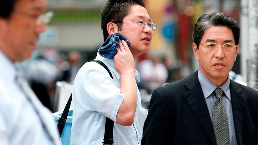 Власти Японии введут строгие наказания за злоупотребление чиновников