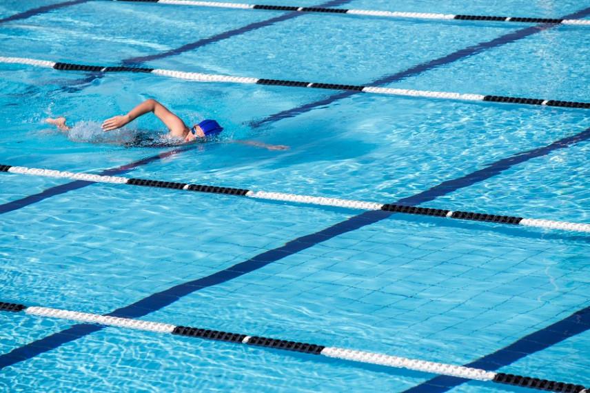 Чиновники Рязанской области соревновались в плавании
