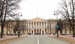 В Петербурге провели онлайн-лекцию «Хочу в Смольный»