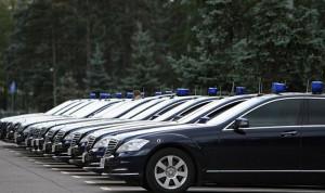 Служебные автомобили смоленских чиновников передадут волонтерам и медикам для борьбы с COVID-19