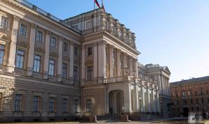 Петербургский парламент обязал городских чиновников следить за обращениями граждан в соцсетях