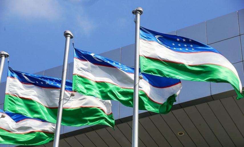 В Узбекистане профсоюз налоговиков поддержал снижение зарплат в госучреждениях