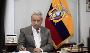 Президент Эквадора вдвое снизил зарплату себе и членам правительства