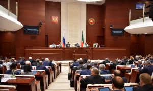 Зарплату госслужащим Татарстана предлагается не повышать в 2020 году