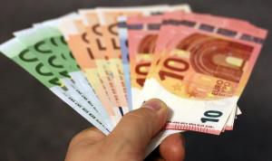 Исследование: Каждый четвертый житель Евросоюза готов дать взятку госслужащему