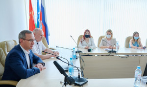 Глава Калужской области рассказал о работе чиновников в соцсетях