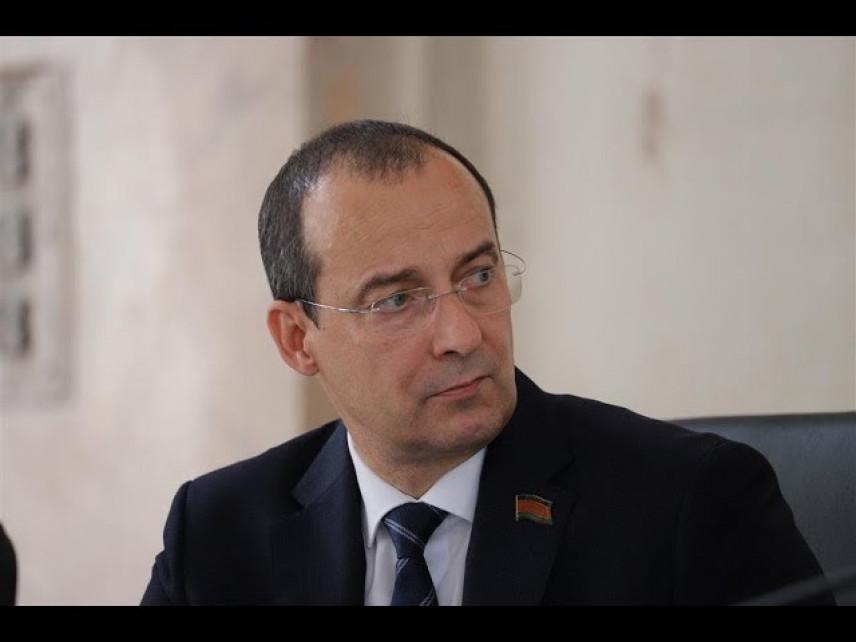 Спикер Законодательного собрания Краснодарского края поздравил будущих управленцев с окончанием практики в парламенте