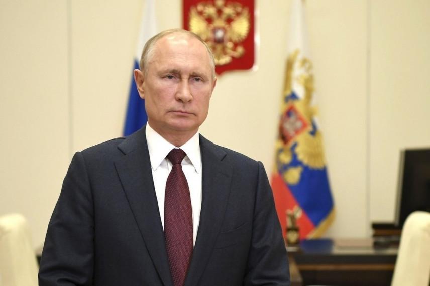 Президент России требует от всех госслужащих полной открытости